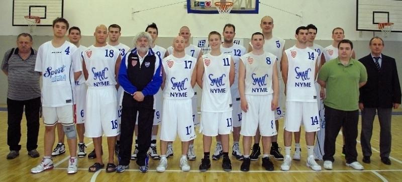 2010-2011_csapatkep